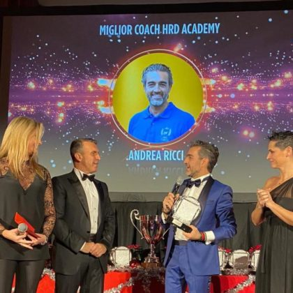 """Andrea Ricci eletto """"Miglior Coach del 2019 dell'HRD Academy"""" della Roberto Re Leadership School"""